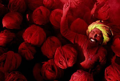 (c) Steve McCurry / Magnum Photos